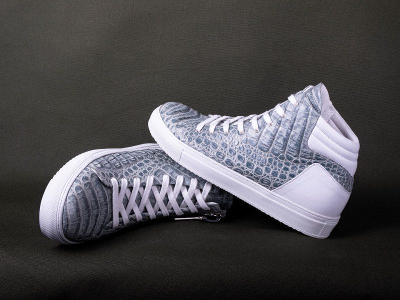 sneaker_cover